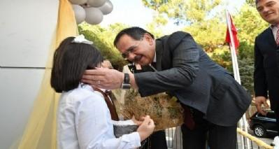 Başkan Demir karne dağıttı