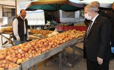 Başkan pazar denetiminde