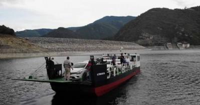 Barajdaki ulaşım sorununa feribotlu çözüm