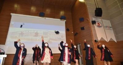 Hemşirelere temsili mezuniyet töreni