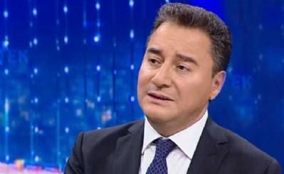 Babacan: Türkiye küçük bir ada devleti değildir