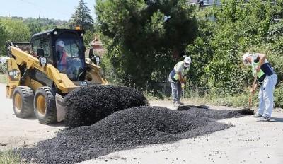 Atakum'da asfalt onarımı