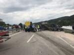 Traktör ile minibüs çarpıştı: 1 ölü, 3 yaralı