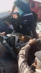 Otomobil ve minibüs kafa kafaya çarpıştı: 3 yaralı
