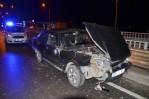 Otomobil traktöre çarptı :1 yaralı