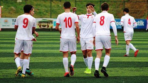U17'de gülen Samsunspor